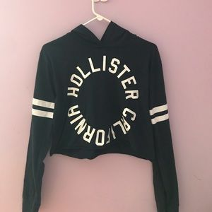 Hollister Cropped Hoodie (S)
